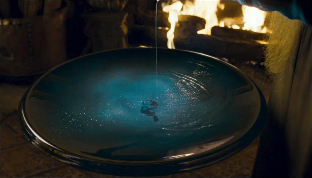Que verse Harry dans la Pensine pour voir les souvenirs de Rogue ?