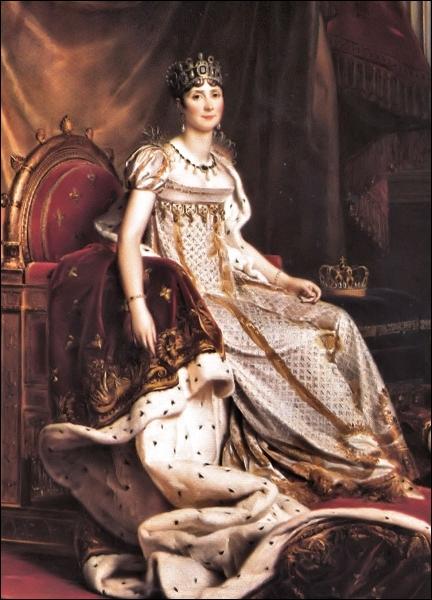 Qu'est-ce qui a permis à Joséphine de Beauharnais, future impératrice, d'échapper à la guillotine durant la Révolution française ?