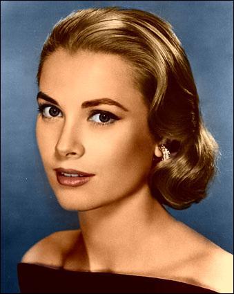Pour se marier avec le Prince Rainier, àcombien de millions de dollars la dot de Grace Kelly devait-elle s'élever ?