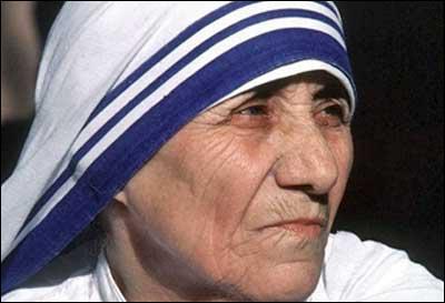 De quel pays Mère Teresa était-elle originaire ?
