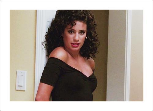 Quelle chanson Rachel va-t-elle chanter habillée comme ça ?