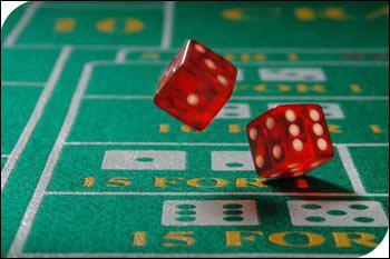 Jeu de dés et d'argent que l'on retrouve dans les casinos. Ce jeu nous vient des Etats-Unis.