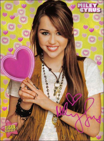 Depuis quand s'appelle-t-elle officiellement Miley ?