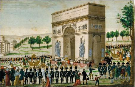 La construction de l'Arc prendra 30 ans. Pourtant, dès 1810, Chalgrin, son architecte, érige un simulacre de l'Arc, taille réelle en bois et en toile. Pour quelle occasion ?