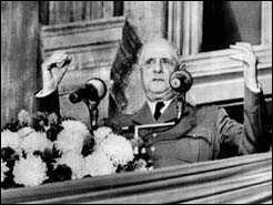 Le 24 Juillet 1967, en visite officielle, dans un pays, il lance en fin de discours une phrase qui va créer la polémique.