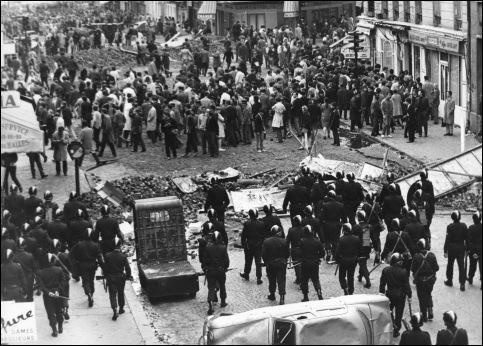 Durant quel mois de 1968, dut-il faire face a une grève générale qui paralysa la France ?