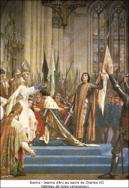 Le sacre fait du roi un élu de Dieu. Les deux principales étapes de la cérémonie sont l'onction et le couronnement.