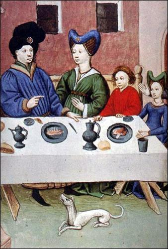 Les aliments de base de la France médiévale sont le pain, les haricots, le chou, les oignons et les pois chiches.