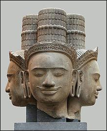 Dieu créateur , premier membre de la trinité hindoue