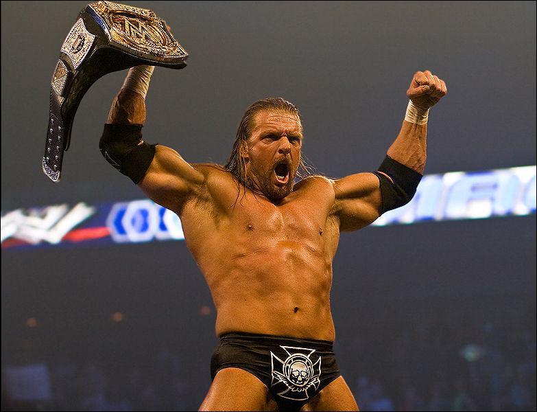 Quel est le finisher de Triple H ?