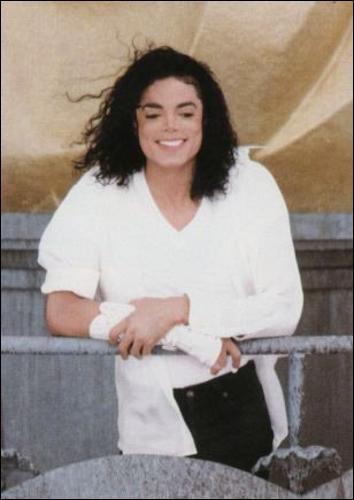 Michael utilise pour la première fois le Morphing pour son clip (Photo du clip)...