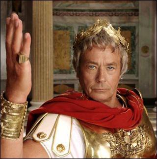 Qui interprète César dans ' Astérix au jeux olympiques' ?