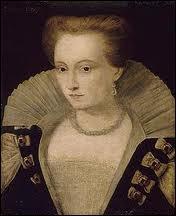 Quelle reine de France prit le deuil qu'elle ne quitta plus à la mort de son époux Henri III assassiné en 1589 ce qui lui valut le surnom de 'Reine blanche' ?