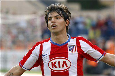 Dans quel club a signé Sergio Agüero pour 43 millions d'euros ?