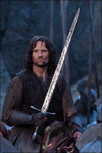 Quel est le nom du grand-père maternel d'Aragorn ?