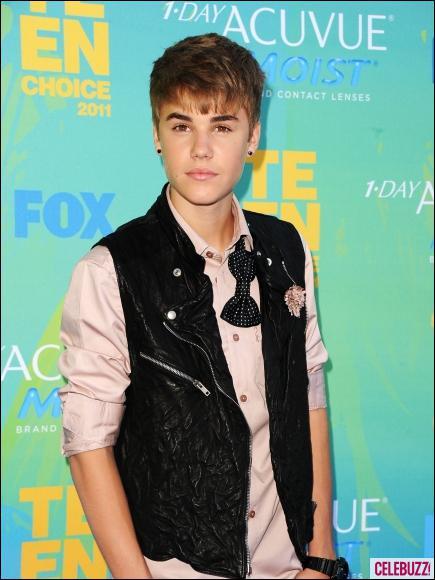 Comment les beliebers surnomment-ils le garde du corps blanc de Justin ?