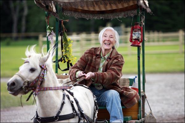 Dans Heartland, comment se nomme le poney de Madame Bell ?