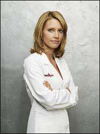 Dans quel hôpital Charlotte King est-elle chef du personnel ?