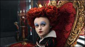 Comment s' appellait la reine rouge avant d'être devenue la reine rouge ?