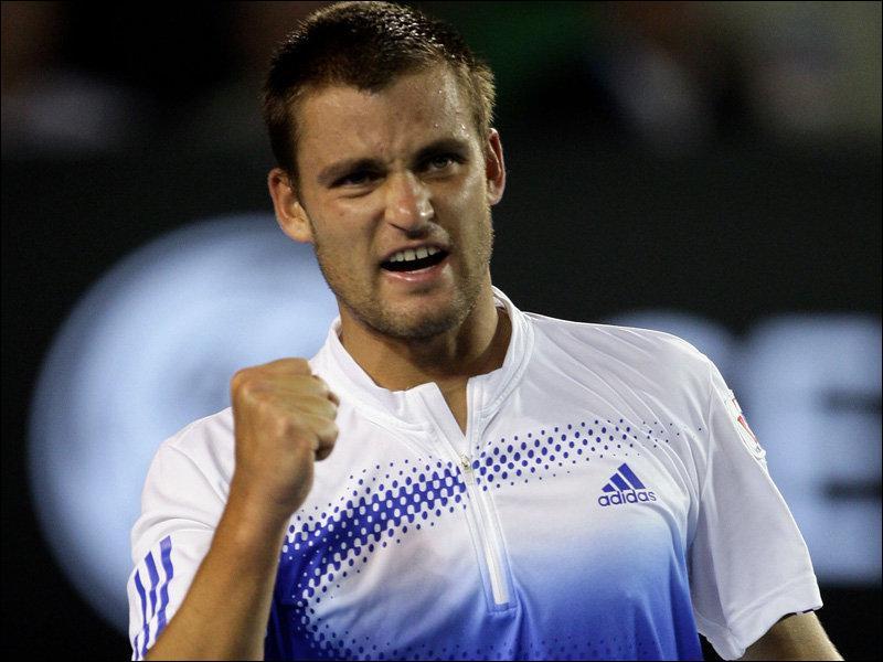 Qui est ce Russe qui est arrivé en 1/8 à Wimbledon ?