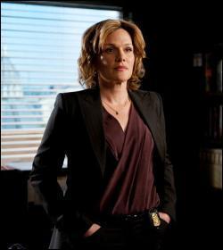 Agent spécial du FBI jusqu'à la fin de la saison 4; elle est persuadée que Jane est John le Rouge, et va être responsable de la mort de Luther Wainwright (ce qui l'entraînera dans une dépression). Qui est-ce ?