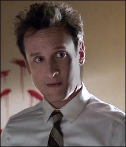 Ce personnage est l'un des 7 suspects de la liste de Jane, et c'est aussi un médecin légiste collaborant avec le CBI, surtout sur les affaires portant la marque de John le Rouge. Comment s'appelle-t-il ?
