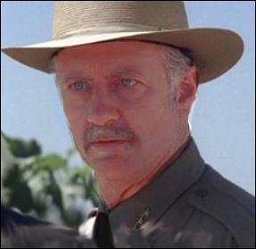 Ce personnage est l'un des 7 suspects de la liste de Jane, c'est aussi le shérif du comté de Napa. Et il s'avère être en réalité John le Rouge. Comment s'appelle-t-il ?