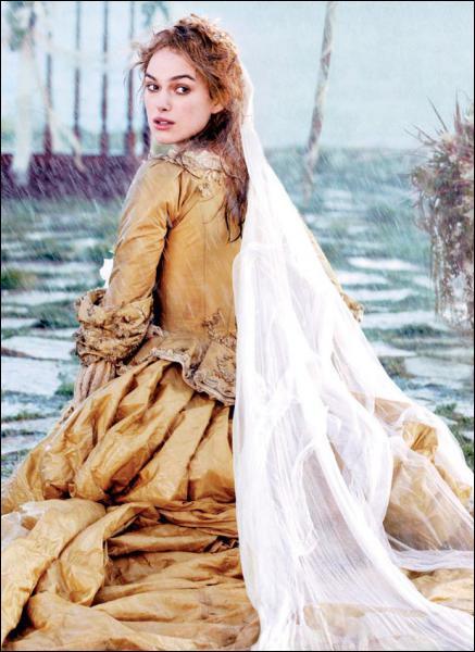 Dans quel film Keira Knightley porte-t-elle cette robe d'époque éclatante ?