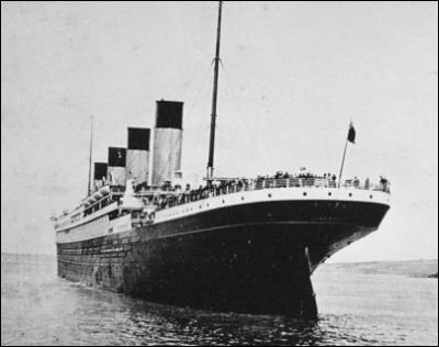 En quelle année a eu lieu le naufrage du Titanic (paquebot transatlantique) ?