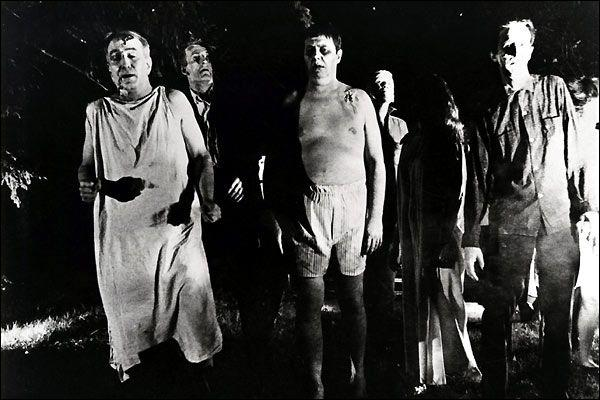 En 1968, George A. Romero signe une oeuvre critique envers la société et majeure pour le cinéma d'horreur. C'est :