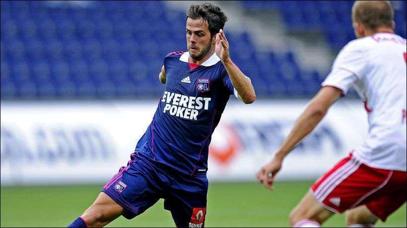 Miralem Pjanic a quitté les Gones pour rejoindre l'AS Roma. Le transfert est d'environ...