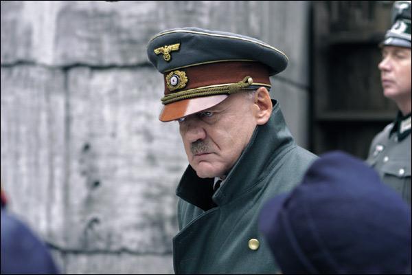 Comment s'appelle ce film tourné en 2005 dans lequel on voit ce même dictateur vivre ses dernières heures ?