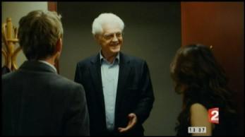 Quel ancien premier ministre français joue son propre rôle dans 'Le nom des gens' de Michel Leclerc en 2010 ?