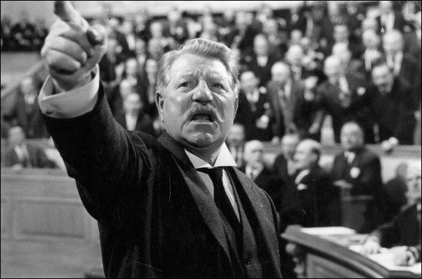 Quel est cet ancien président du conseil de la troisième République que Jean Gabin incarne dans le film 'Le Président' ?