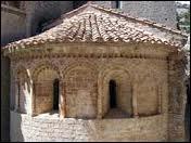 A quoi sert l'ébrasement d'une baie romane ?