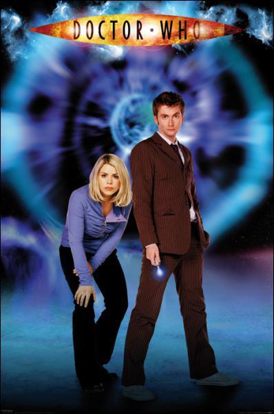Pendant combien de saisons Rose voyage-t-elle avec le Doctor ?