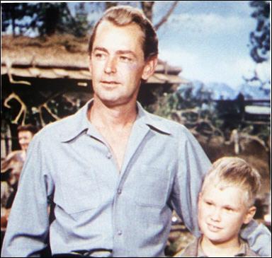 Il joue le rôle de Shane dans 'L'homme des vallées perdues' en 1953 sous la direction de George Stevens.