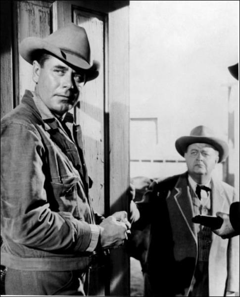 Il joue le rôle de Ben Wade dans '3 heures 10 pour Yuma' en 1957 sous la direction de Delmer Daves.