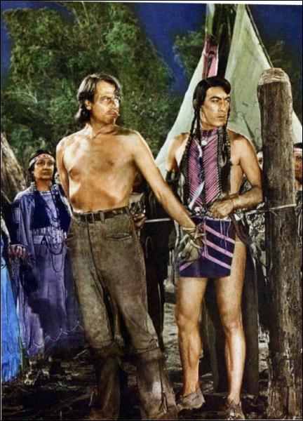 Il joue le rôle du Chef Indien 'Main jaune' dans 'Buffalo Bill' en 1944 sous la direction de William A. Wellman.