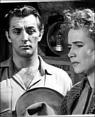 Il joue le rôle de Jeb Rand dans 'La vallée de la peur' en 1947 sous la direction de Raoul Walsh.