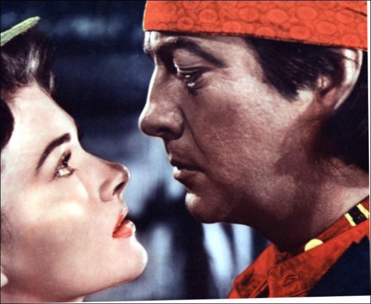 Il joue le rôle de l'Indien Lance Poole dans 'La porte du diable' en 1950 sous la direction de Anthony Mann.