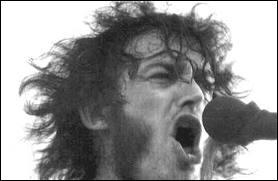 Lequel de ces rockers a participé au festival de Woodstock en 1969 ?