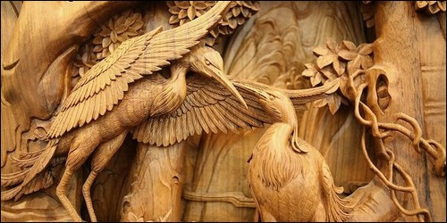 Les personnages en bois sculpté du Moyen-Age étaient peints.