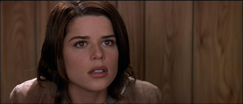 Dans Scream 2, qui est en couple avec Sidney ?