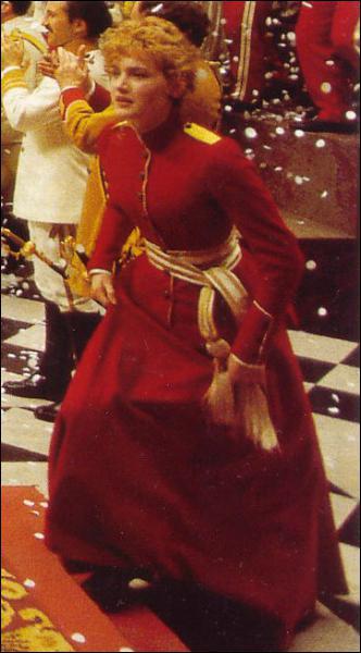 Dans quel film de Kenneth Branagh Kate Winslet interprète-t-elle Ophélie ?
