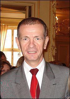 Pour quelle proposition de loi le sénateur divers droite de la Moselle Jean-Louis Masson est-il connu ?