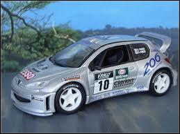 Qui pilotait ce véhicule au rallye de Corse 1999 ?