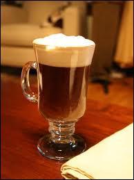Avec quel alcool est composé un Irish Coffee ?