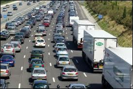 Combien de temps un européen passe-t-il en moyenne dans les embouteillages au cours de sa vie ?
