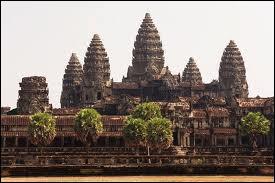 Dans quel pays d'Asie se trouvent les temples d'Angkor ?